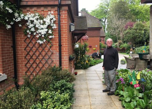 Ian, volunteer gardener at Donec Mews